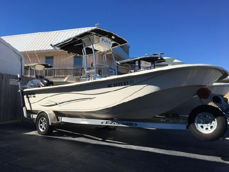 2013 Carolina Skiff 218 DLV