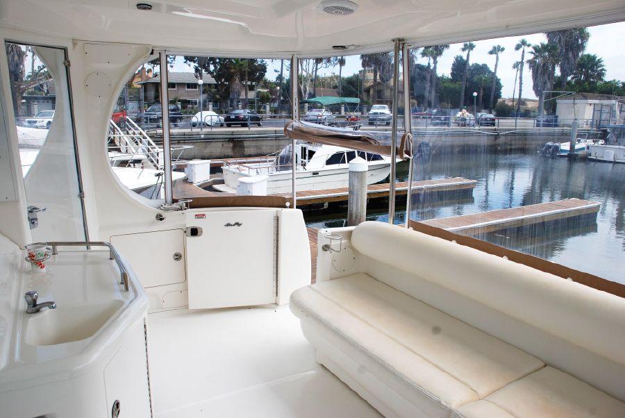Sea Ray 390 Motoryacht for sale in Huntington Harbor