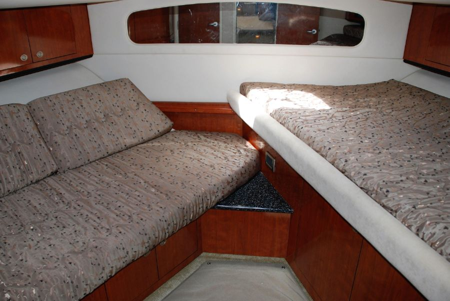 2004 Sea Ray 390 Motoryacht Aft Cabin for sale