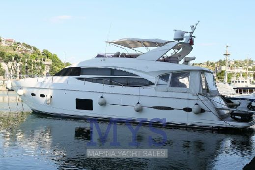 2013 Princess Yachts 72