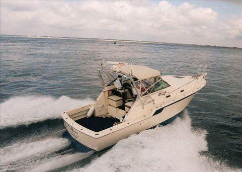 1983 Hatteras 32 Sport Fisherman