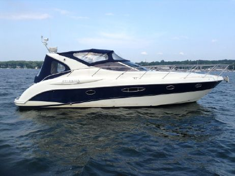 2006 Atlantis 42 Express Cruiser