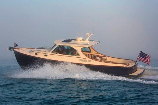 2017 Hinckley Picnic Boat 34
