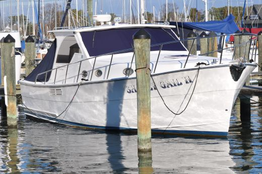2006 Mariner Yachts Seville Express