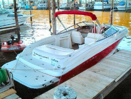 2003 Regal 2600 - Fresh Water Only