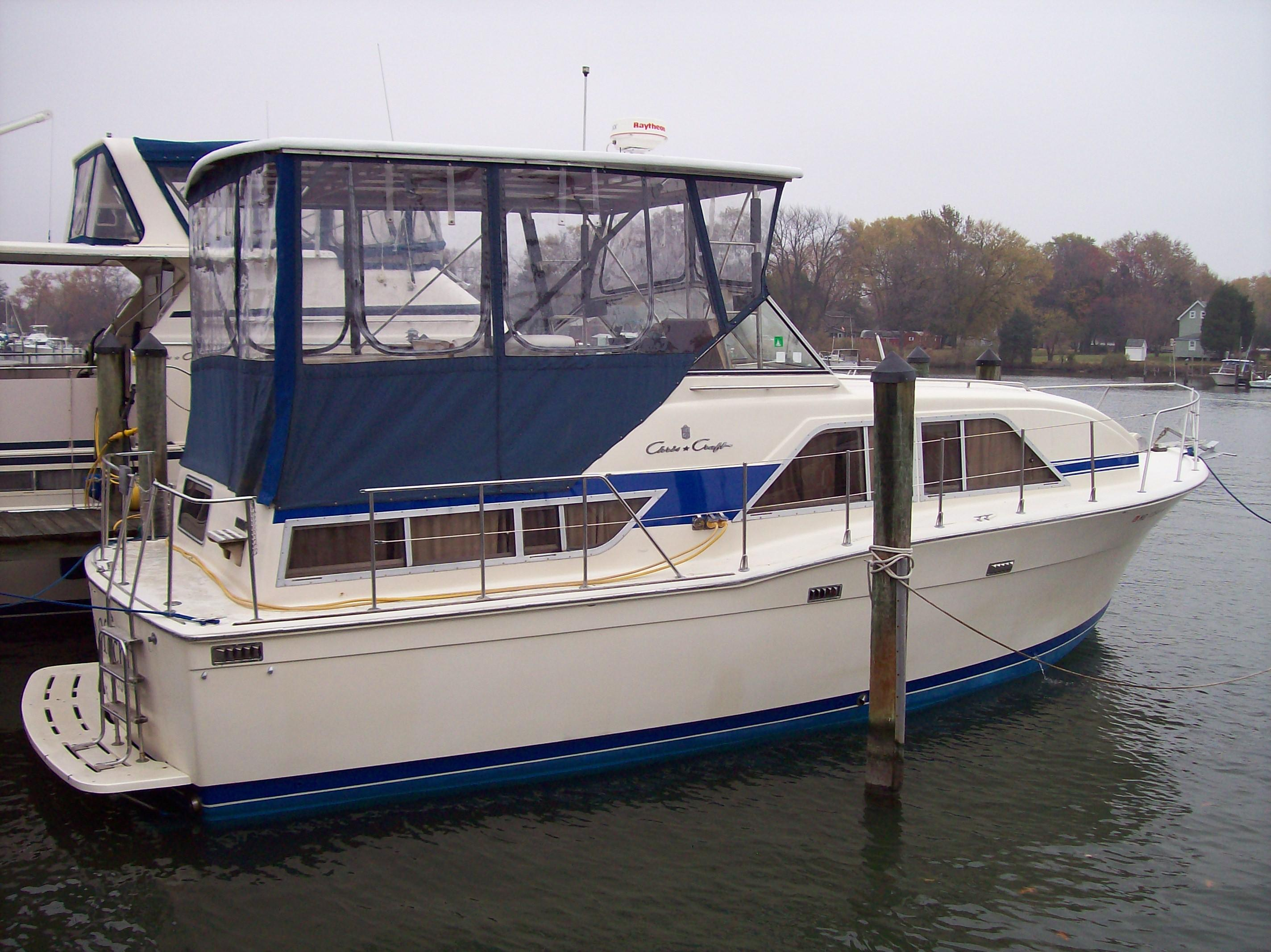 35 ft 1986 chris craft 351 catalina