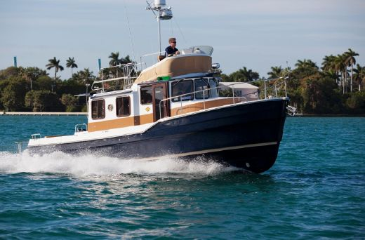 2015 Ranger Tugs 31 Command Bridge