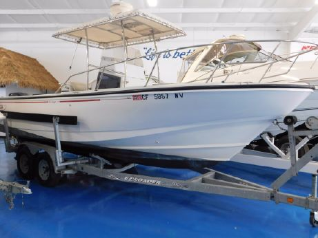 1993 Boston Whaler 24 Outrage