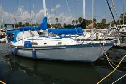 1984 Hunter 37 cherubini Cutter