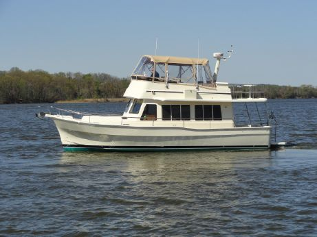 2007 Mainship 400 Trawler