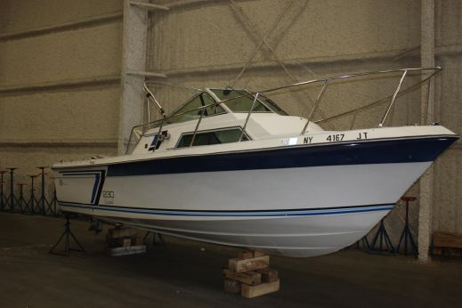 1987 Wellcraft 230 Coastal