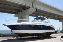 2005 Chaparral 330 Signature
