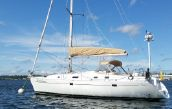 photo of 38' Beneteau 381