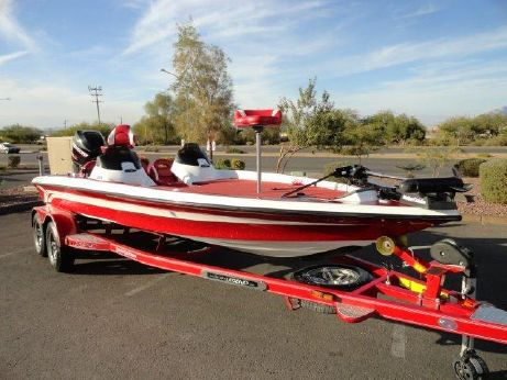 2012 Legend Boats Alpha 211 DCX