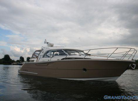 2012 Marex 370 ACC