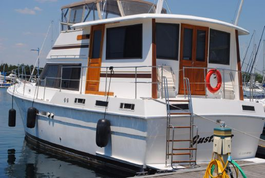1986 Gulfstar 44 Motor Yacht
