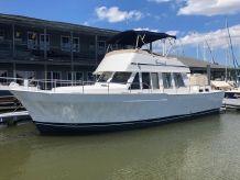 2004 Mainship 430 Trawler