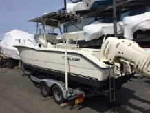 2005 Sea Boss 255 Center Console