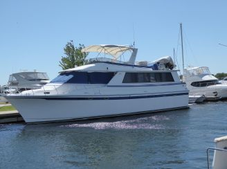 thumbnail photo 1: 1988 Vantare 58 Flush Deck Motor Yacht