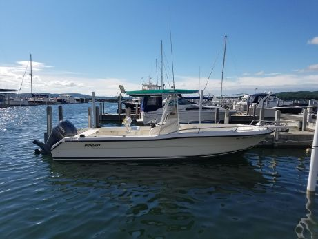 2002 Pursuit 2470 Center Console