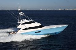2015 Viking 92 Enclosed Bridge