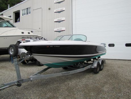 2004 Chris Craft 22 Launch