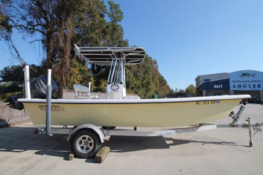 2007 Jones Brothers 200 Bateau Light Tackle