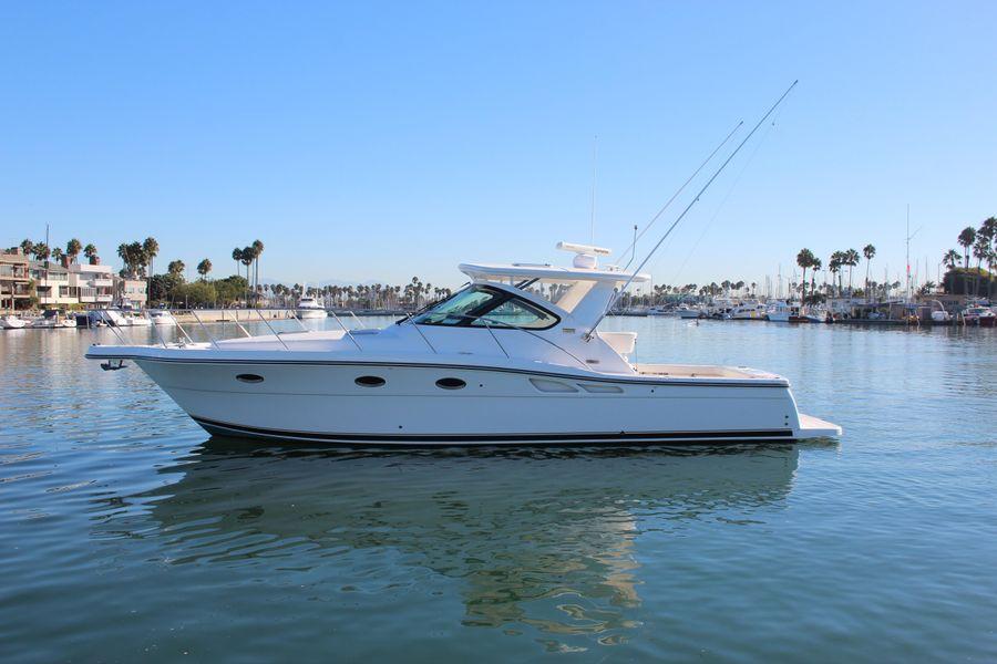 Tiara 36 Open boat for sale in Newport Harbor