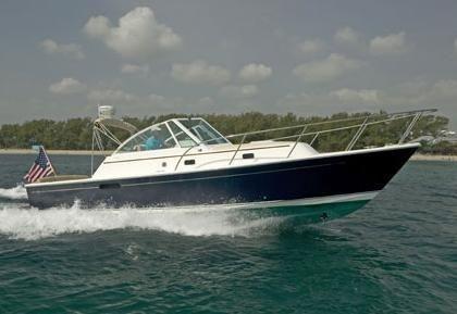2012 Hunt Yachts Surfhunter 33