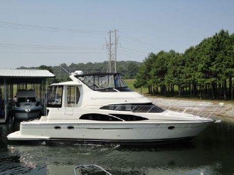 2005 Carver 44 Cockpit Motor Yacht