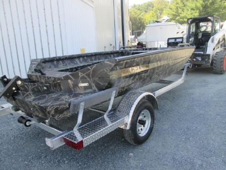 2016 Excel 1651 Viper Duck Boat