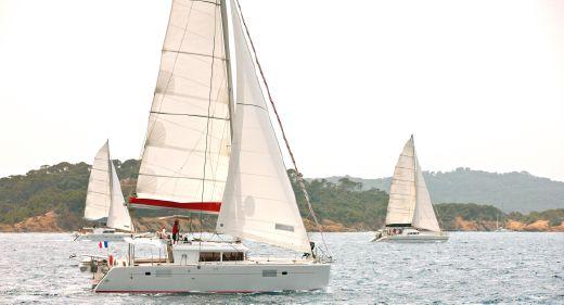2011 Lagoon 450
