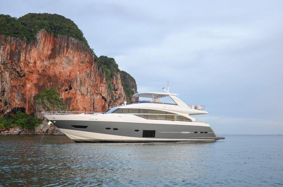 2014 Princess 88 Motor Yacht Boot Zum Verkauf
