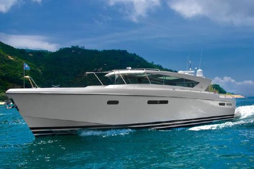 2015 Delta Powerboats 54 Carbon IPS