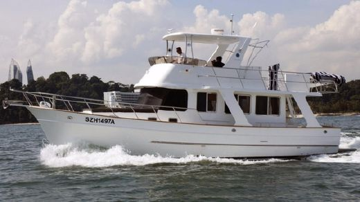 2013 Explorer Motor Yachts 43 Sedan