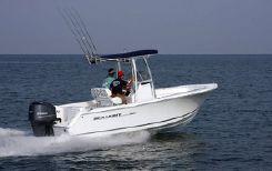 2015 Sea Hunt Triton 225