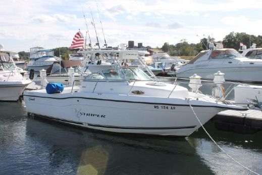 2001 Seaswirl Striper 2600