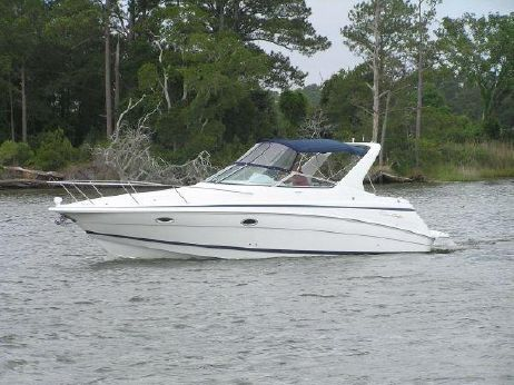 2003 Chris Craft 320 Express Cruiser