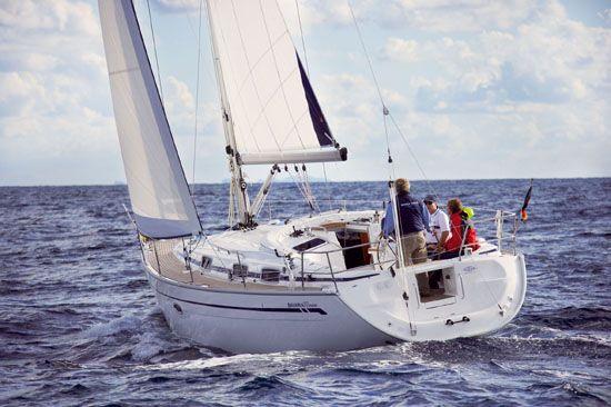 2019 Bavaria Cruiser 37, - boats.com
