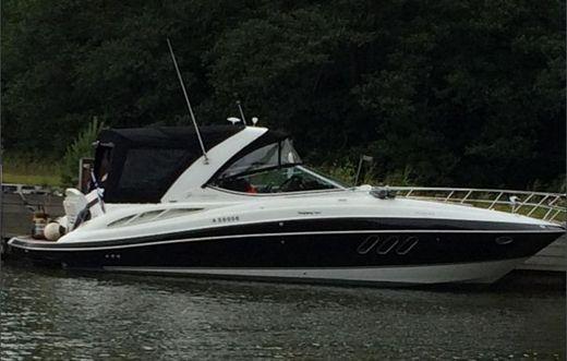 2010 Cruisers Yachts 350 Express