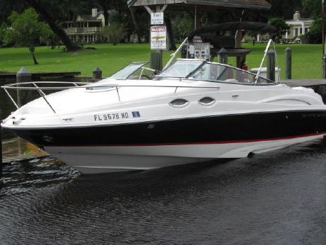 2005 Regal 2650 Cuddy