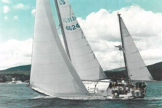 1988 Hinckley Bermuda 40 MK III Yawl