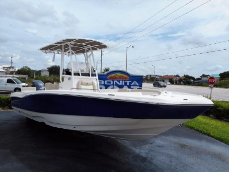2017 Nauticstar 231 Coastal Center Console Bay/Deck Boat Hybrid