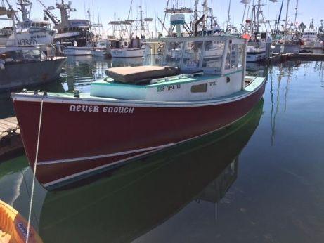 1975 Repco Lobster Boat