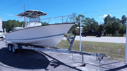 2012 Key Largo 236 Center Console