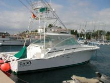 1998 Cabo Yachts 45 Express