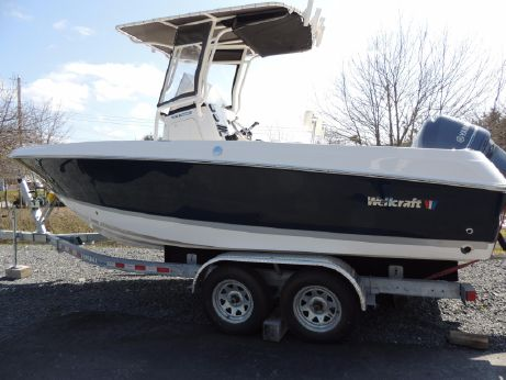 2014 Wellcraft 210 Fisherman