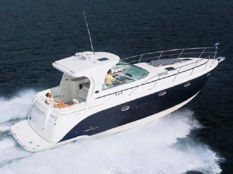 2006 Rinker 410 Express Cruiser