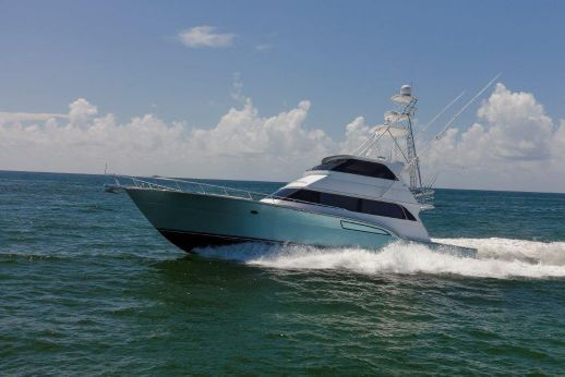 1996 Donzi Enclosed Flybridge w/ tower