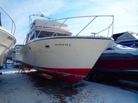 1973 Viking Yachts 33 Convertible